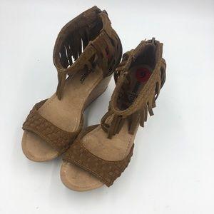 MinneTonka Isabel Fringe Cork Wedge Sandal Sz 6
